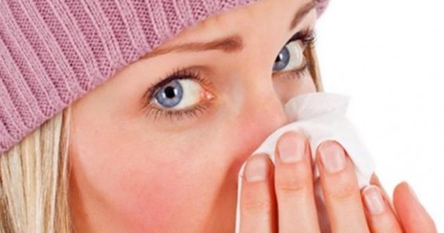 Как избавиться от насморка c лекарствами и без них?