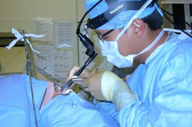 Киста на миндалине – причины, фото, симптомы, лечение
