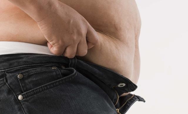 Целлюлит у мужчин - бывает ли, почему нет на животе, на ягодицах