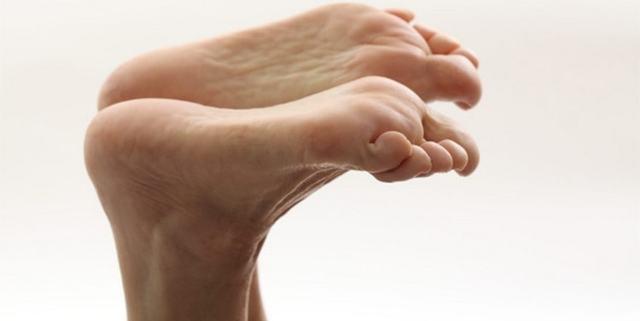 Плантарный фасциит: симптомы, причины и методы лечения
