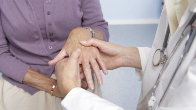 Серонегативный ревматоидный артрит (полиартрит): причины, симптомы, лечение