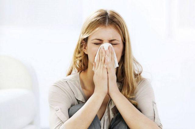 Почему при простуде болит голова (Сильная головная боль при насморке)
