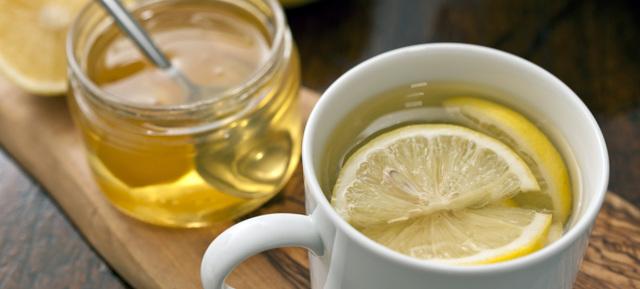 Витамин С при простуде (Какая ударная доза аскорбиновой кислоты необходима)