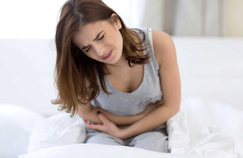 Кишечная колика: симптомы и лечение у взрослых - эффективные методы и препараты